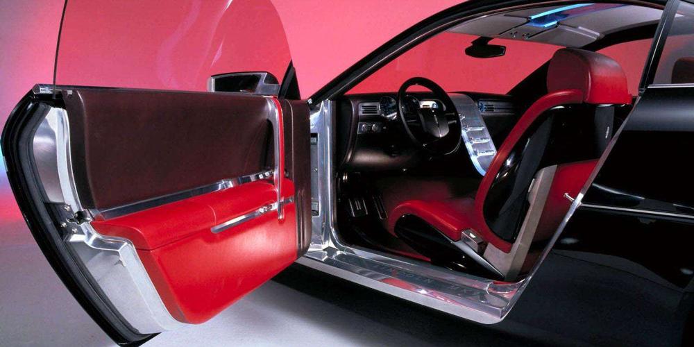 Lincoln MK9 (2001)